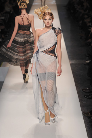 Jean Paul Gaultier Spring 2009 Couture » lily-donaldson