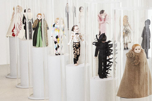 Studio-Job-Viktor-and-Rolf-Dolls-3
